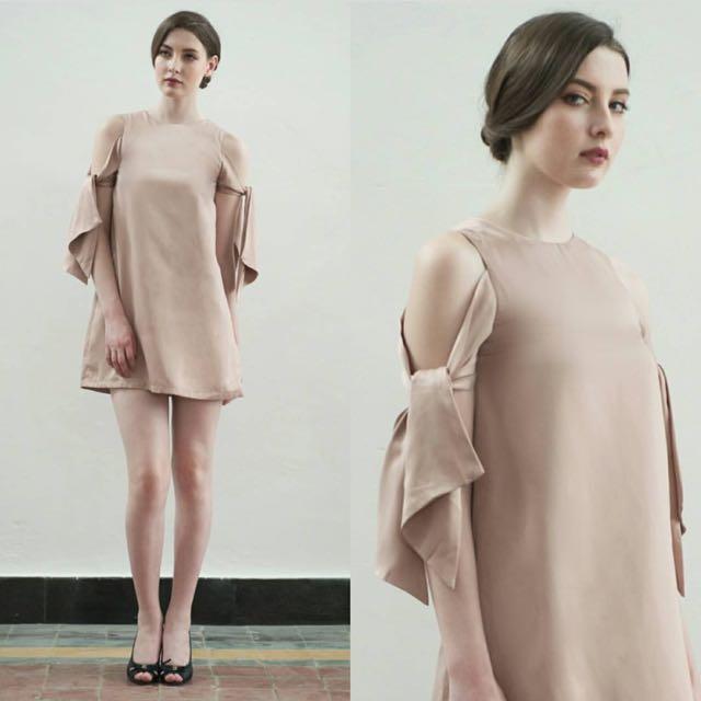 Jolieclothing dress M