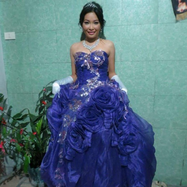 LONG GOWN/DEBUT/PROM, Preloved Women\'s Fashion, Clothes on Carousell