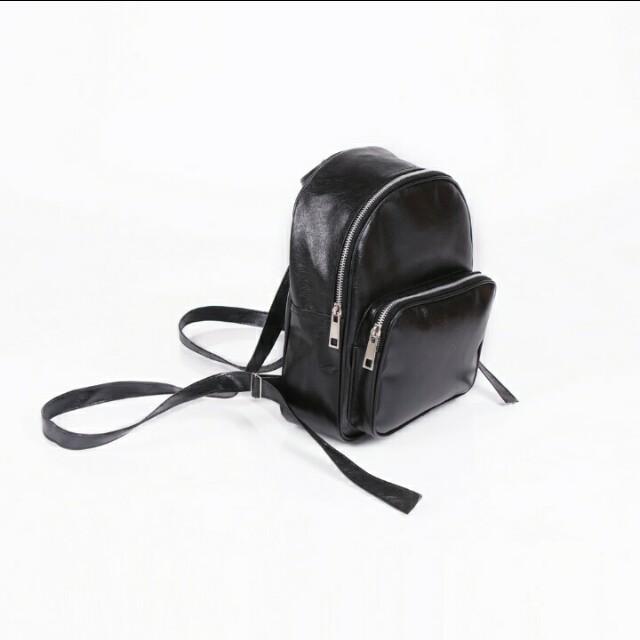 Mini bagpack (tas ransel kecil hitam)