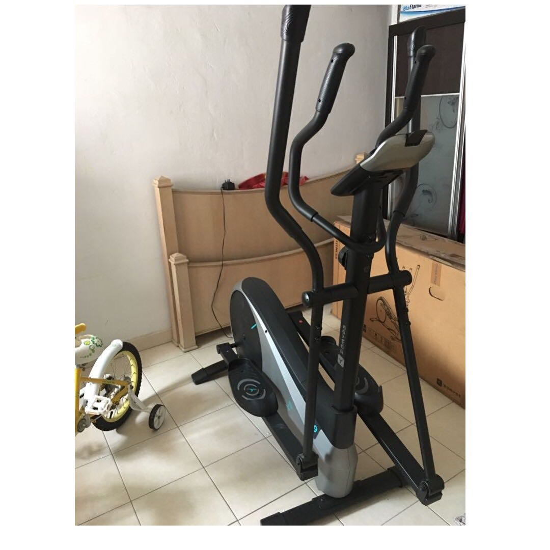 Moving Out Sale - Super Cheap - Domyos Cross Trainer - Giving away for just  $ 250- Brand New Condition and Under Warranty