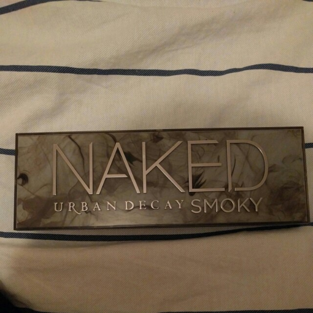 Naked urban decay smoky pallette