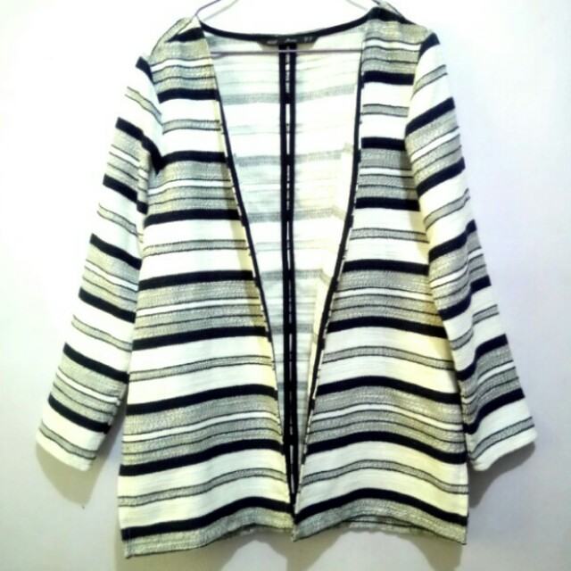New Forme Oversized Embroidered Blazer