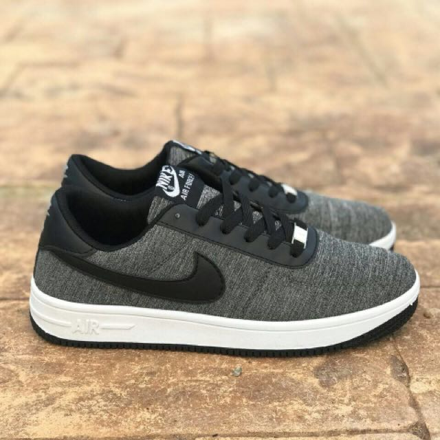 wholesale dealer 80b19 0a3f9 Nike Airforce Flyknit Black White