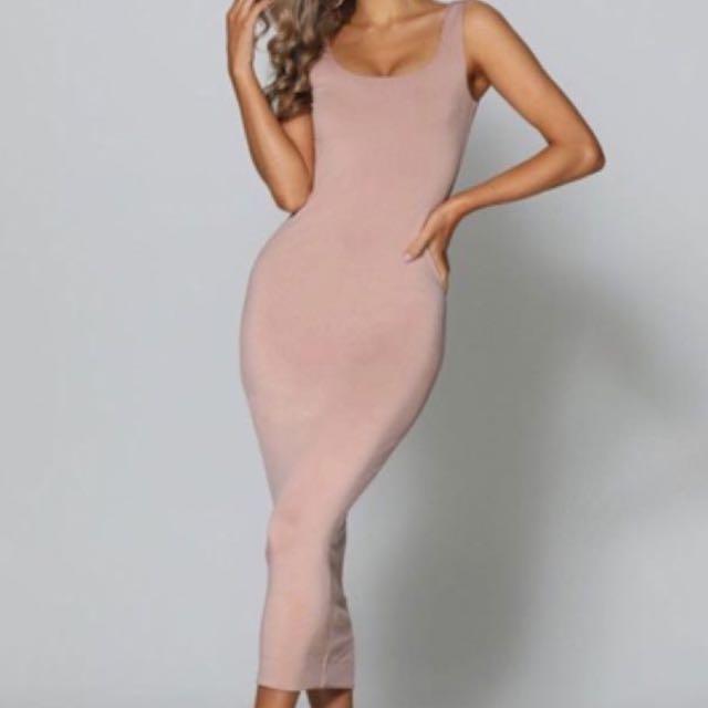 Nude Dress $80 size 10 new