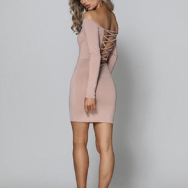 Nude dress size 6 new with tags plus shipping $49