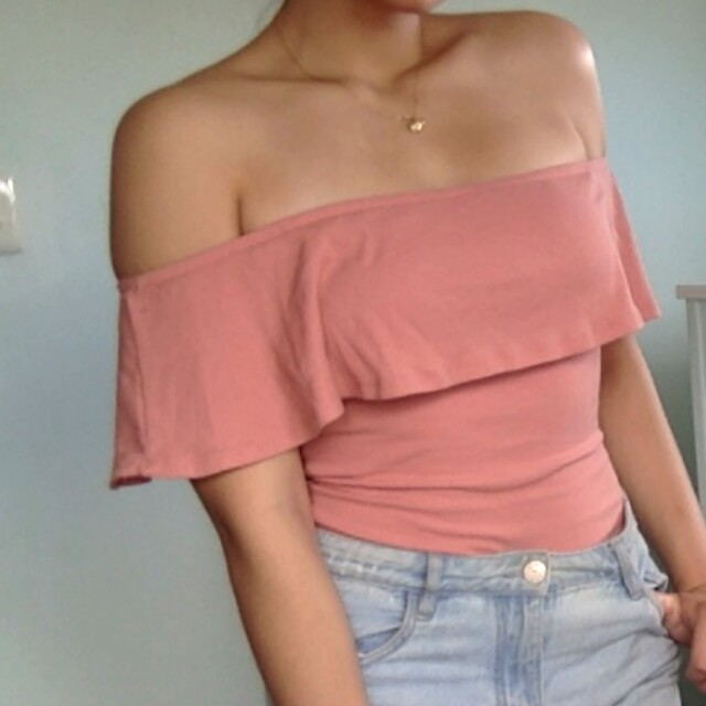 Off shoulder pink beige top