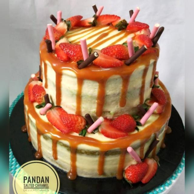 Pandan Salted Caramel Cake