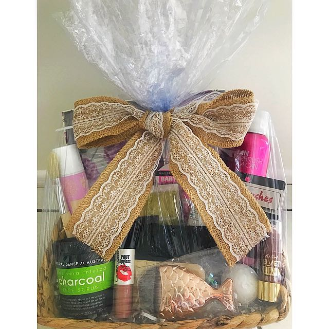 Price drop!!!!! Beautiful wrapped gift