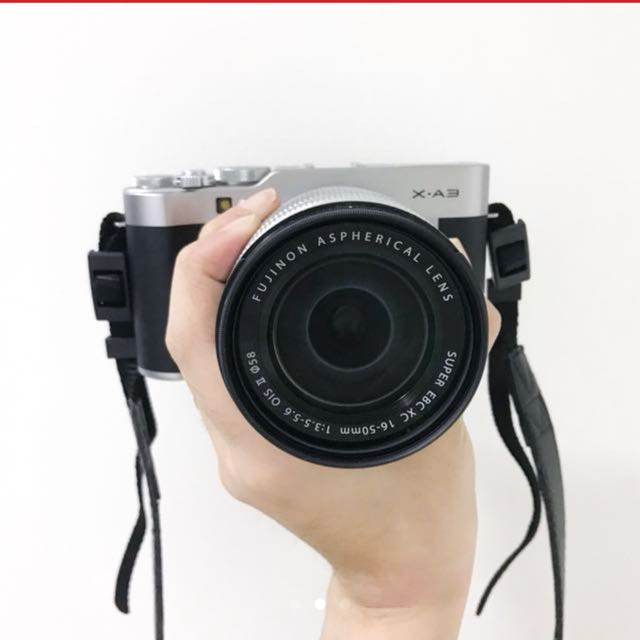 RUSH: FUJIFILM X-A3 COMPLETE |  GOOD AS NEW | PERFECT FOR TRAVEL