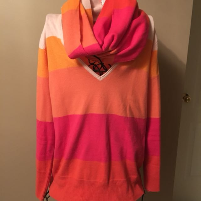 Scarf and sweater set size xl