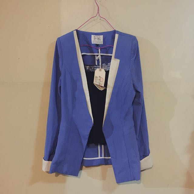 SET U. Two-toned blazer & Tank top