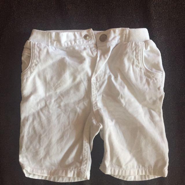 Shorts 9 to 12 mos