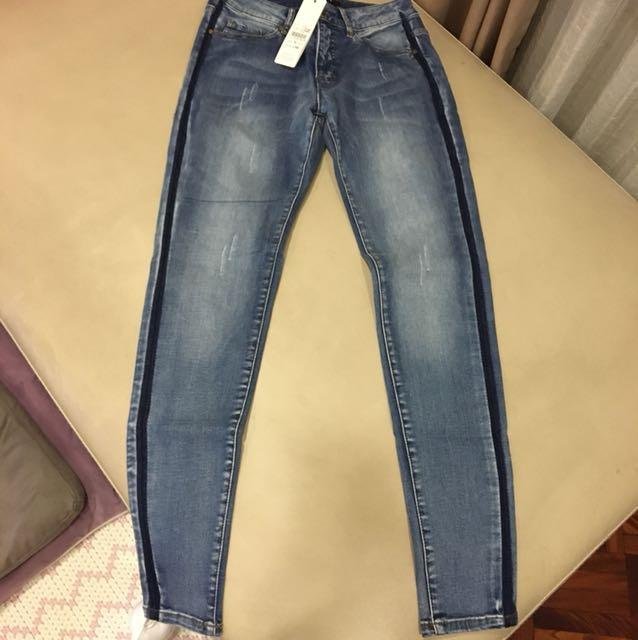 Singlenoble 藍色窄管牛仔褲