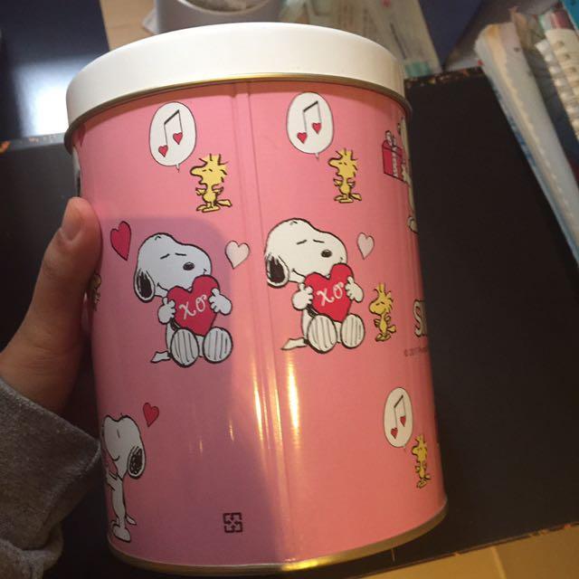 Snoopy 史奴比 鐵盒
