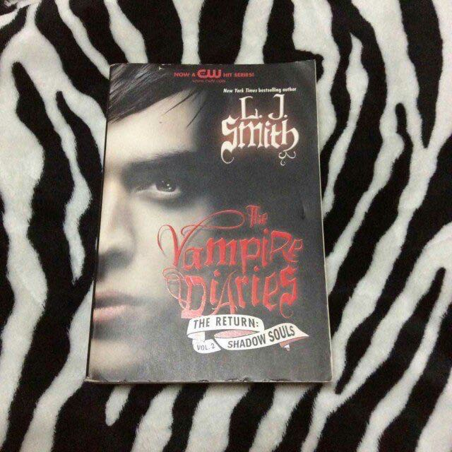 The Vampire Diaries ( The Return: Shadow Souls) by L.J. Smith