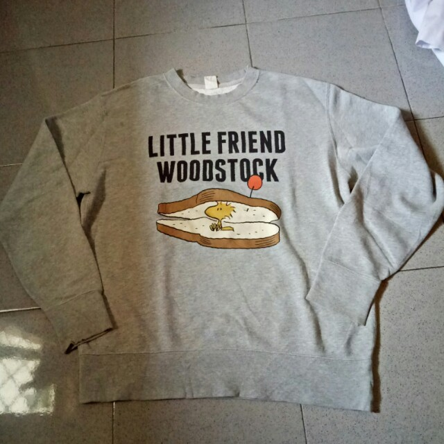 UNIQLO UT LONG SLEEVE SWEATER Vintage Peanuts edition