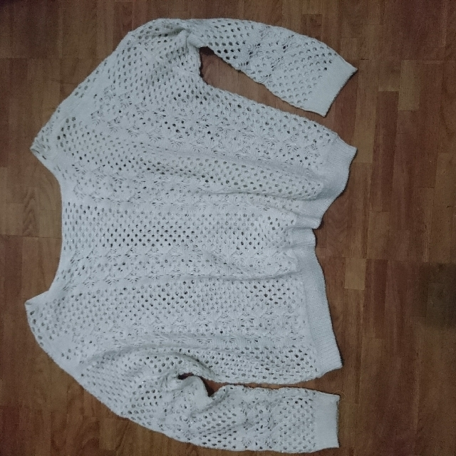 White Knitted Pull Over