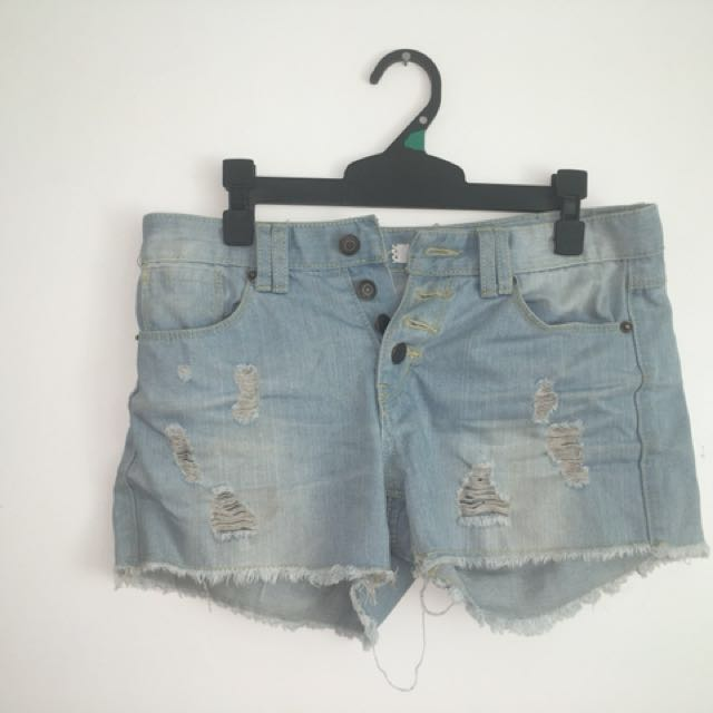 Whitewash Denim Ripped Shorts Retro