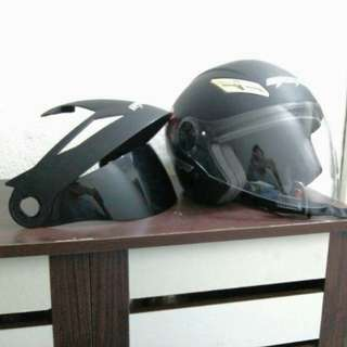 Helmet Gracshaw open face.black matt.size 60.condition 8/10.free cap and flip visor