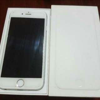 Selling IPhone 6 Silver 128GB