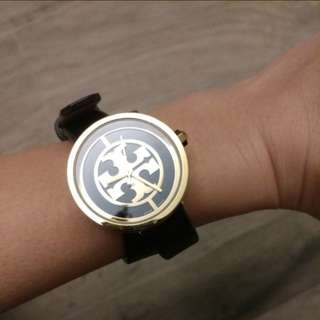 Tory Burch the reva leather wrap watch