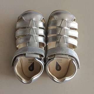 BOBUX Baby Shoe and Children Shoe - Silver Jump Sandals (EU19)