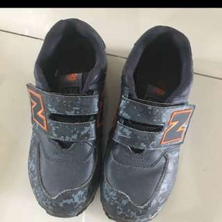 new balance kids shoes original