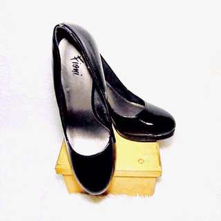 Fioni Pumps by Payless
