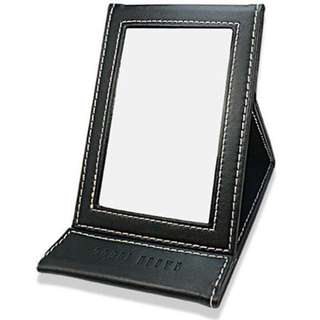 BOBBI BROWN MIRROR