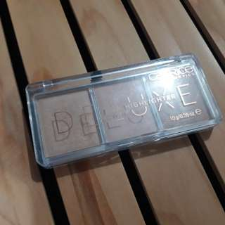 Catrice Glow Deluxe Highlighter Trio
