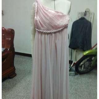 🚚 白紗 結婚禮服 新娘婚紗 伴娘服 尾牙 作品 畢展 表演 自助婚紗