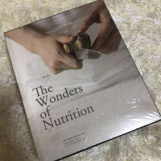 Pregnancy- The Wonders of Nutrition- Dr Ang Poon Liat - 2 books