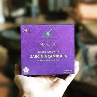 Grape juice with garcinia cambogia