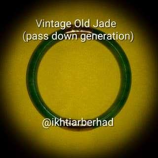 Vintage old Jade bangle