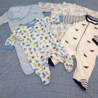 All 6 for the price of 1k!! Baby Bodysuits