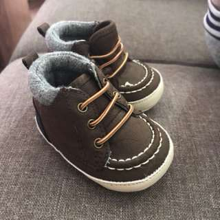 Children's place baby boy shoes size 1