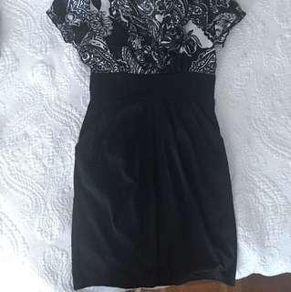Formal wear dress with pockets