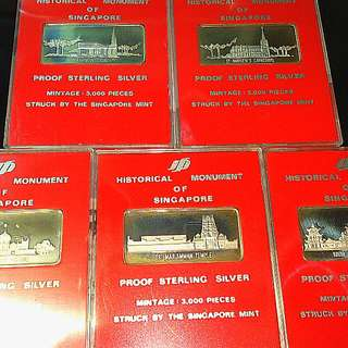 Sterling Silver: History Monument Of Singapore. Singapore Mint. Full Set Of 5 With Display Stand.