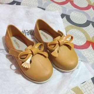Mini Melissa Classic Baby Caramel