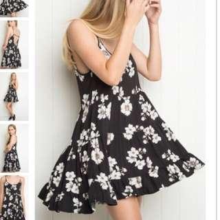 Brandy Melville JADA dress - Small