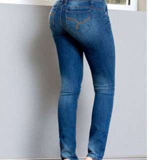 butt contouring jeans YMI