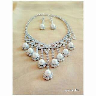 Brilliant Costume Jewelry Necklace and Earrings Set