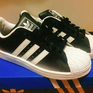Adidas Superstar 7.5 black n white gradation