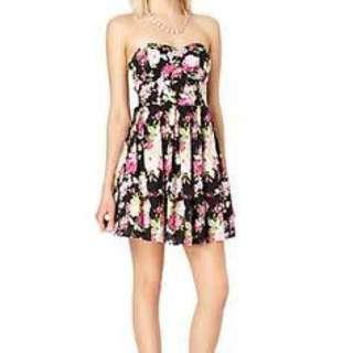 Tube floral mini dress