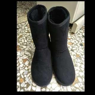 保留中✨韓國製 Ollie 黑色 高筒雪靴