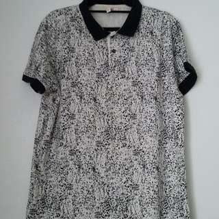 B&W printed polo shirt