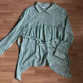 MKita Slanted Button Back Shirt in Green