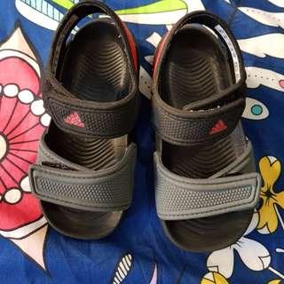Adidas sandal size UK6