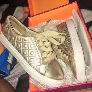 ROSE GOLD TORY BURCH SIZE 7