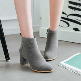 Easy Breezy! - Sepatu Boots